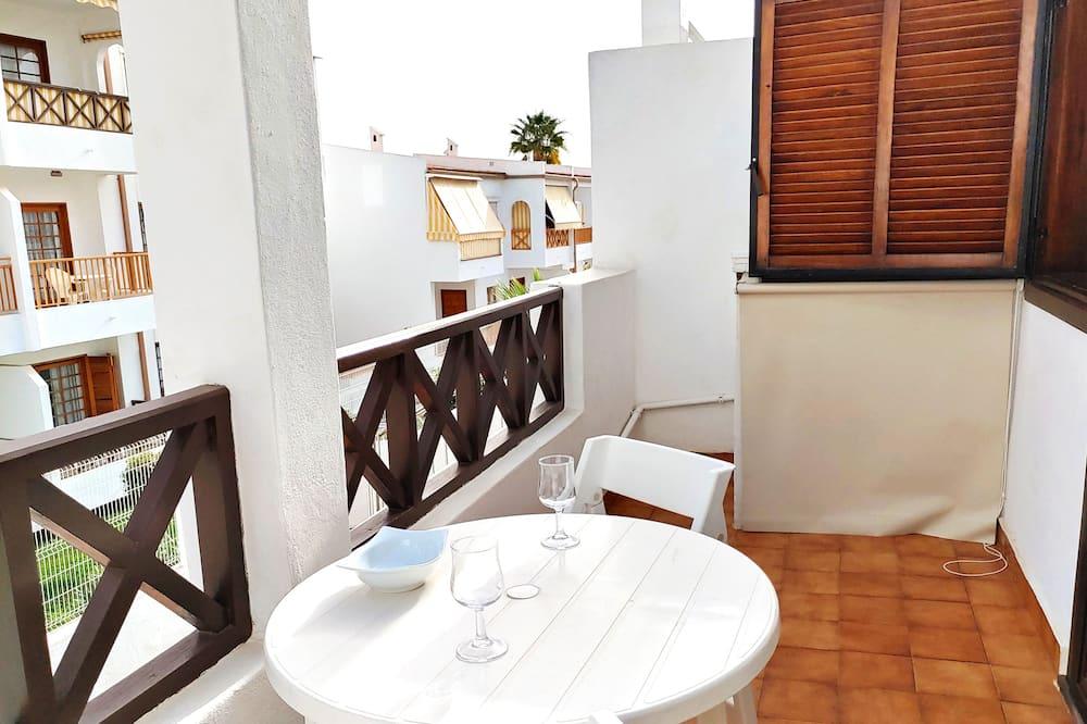 Family Apartment, 2 Bedrooms, Pool View - Balkoni