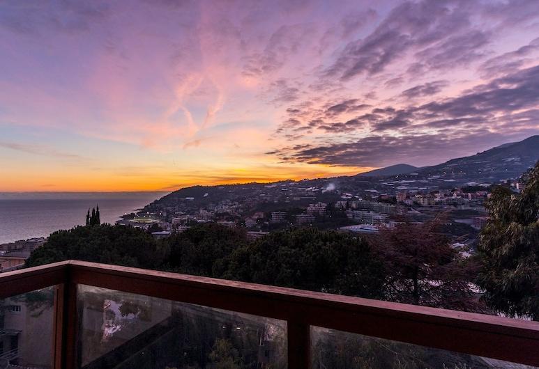 Italianway - Carducci 89, Sanremo, Balcony