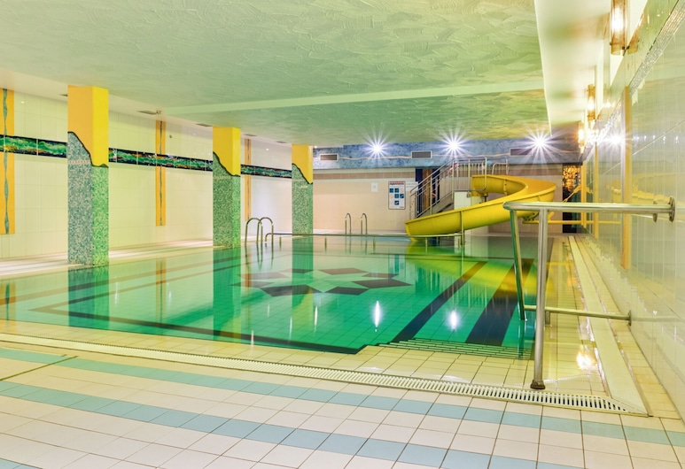 Delightful Apartment in Hahnenklee Harz With Swimming Pool, Goslar, Uima-allas