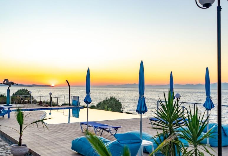 Beautiful Apartment in Greece With Swimming Pool, Amfilochija, Baseinas