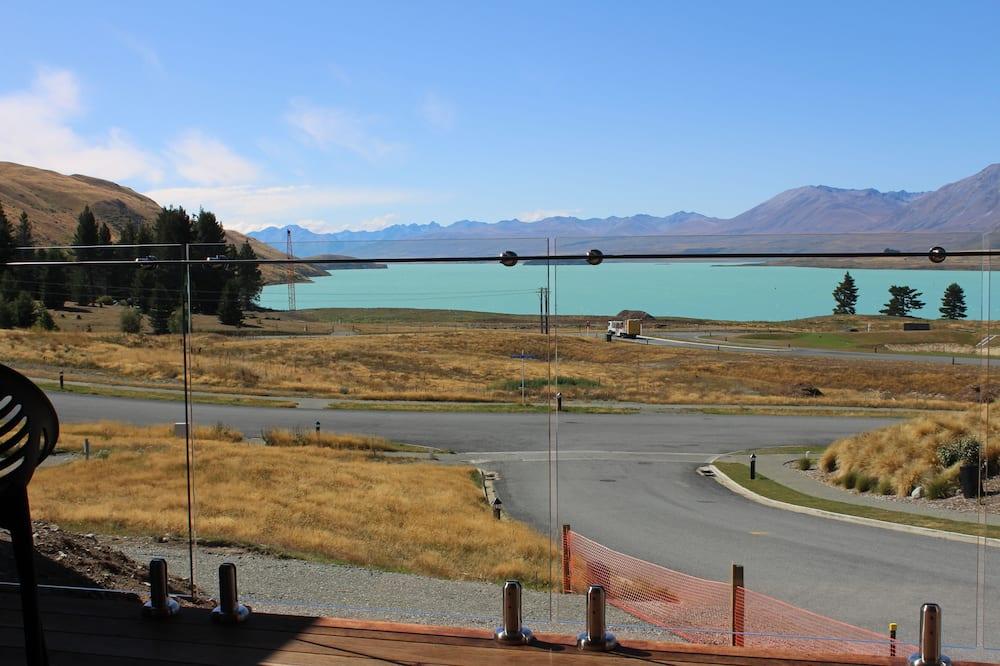 Panoramic Stüdyo Süit - Göl Manzaralı