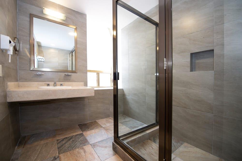 Standard Room, Berbilang Katil - Bilik mandi