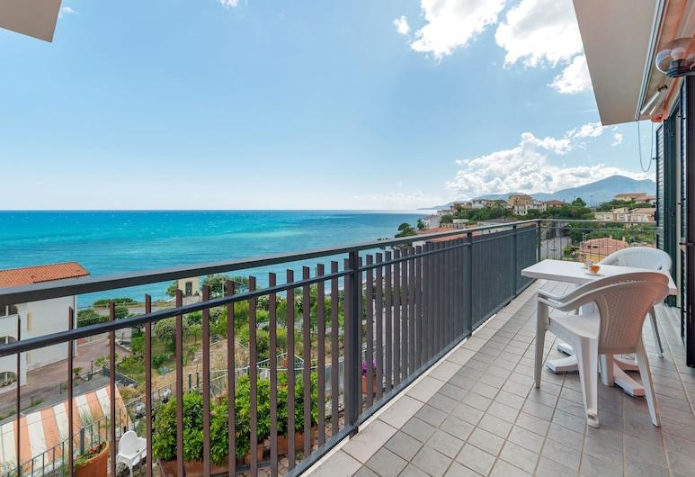 Restful Apartment in Villammare With Private Terrace, Vibonati, ระเบียง