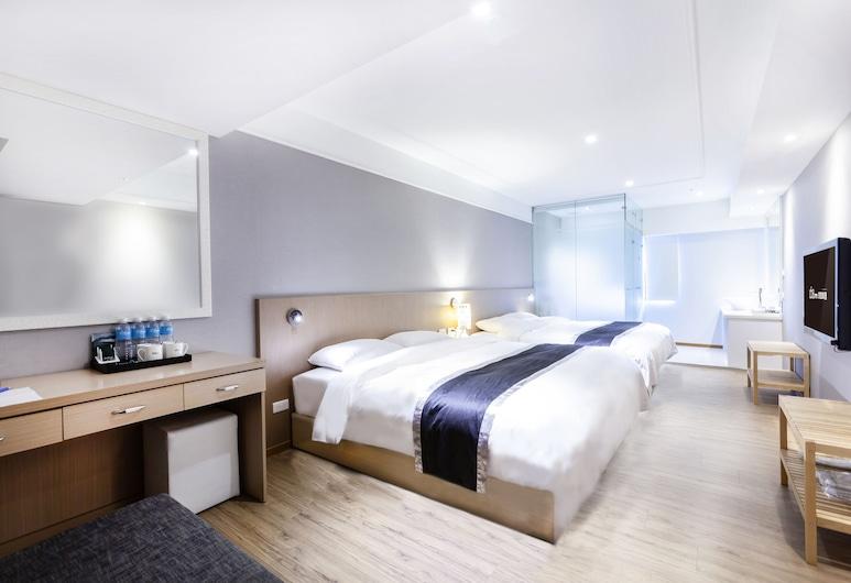 Stay Inn 2, Taipei, Triple Room, Guest Room