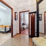 Pleasant Apartment in Pimonte With Veranda