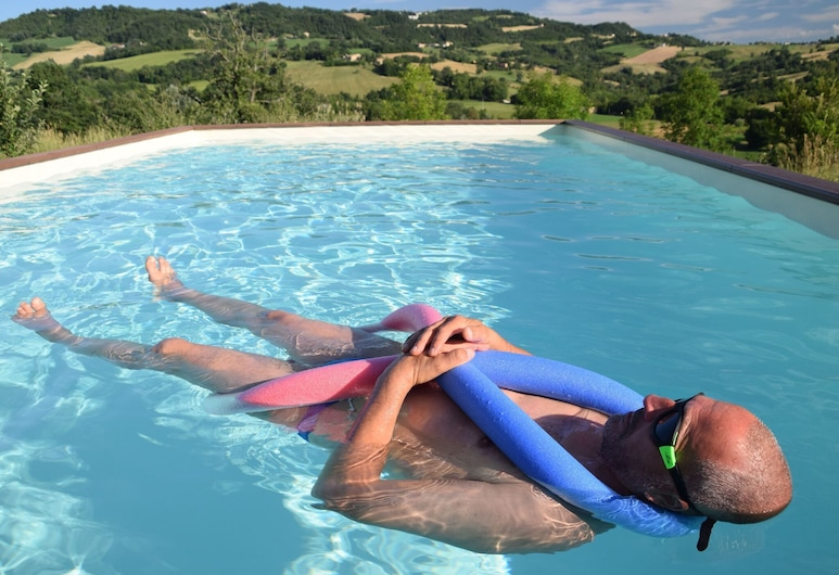 Captivating Cottage in San Ginesio With Swimming Pool, San Ginesio, Piscina