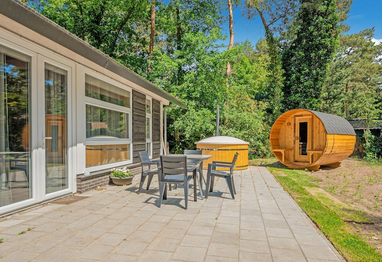 Elegant Holiday Home in Meijel With Sauna, Meijel