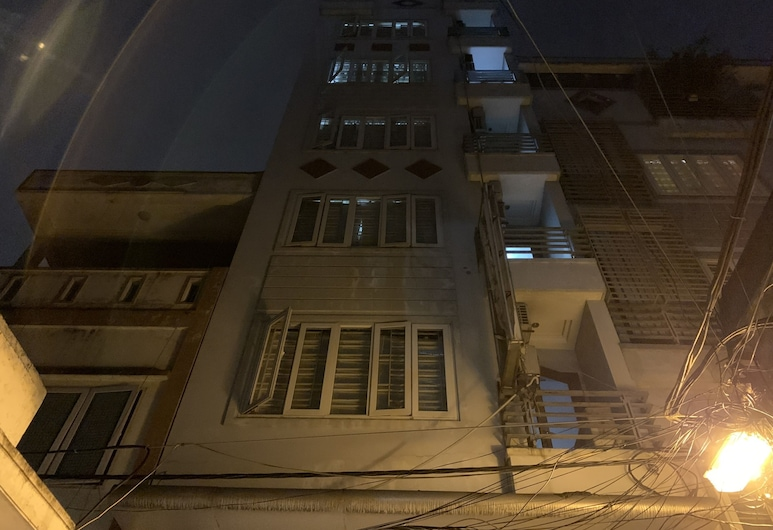 OYO 1105 Thu Do Vang 1 Hotel, Hanoi, Hotel Front – Evening/Night