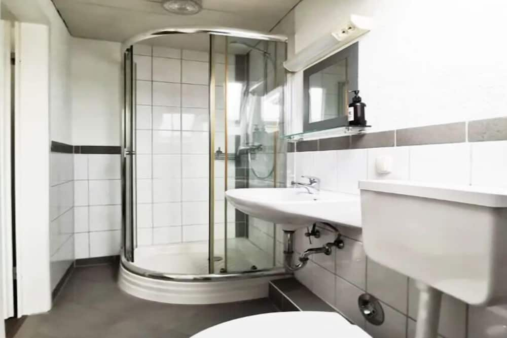Apartment, 3 Bedrooms (incl. cleaning fee 50 EUR) - Bathroom