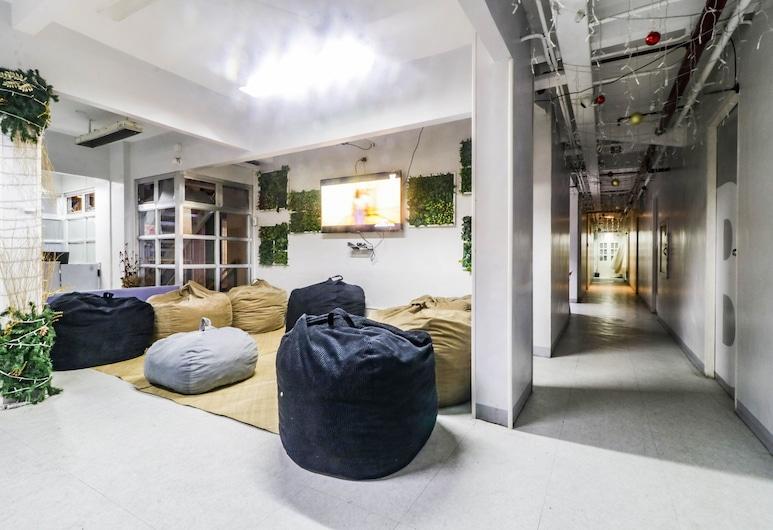 D'Bunk Dormitory, Pasay, Lobby