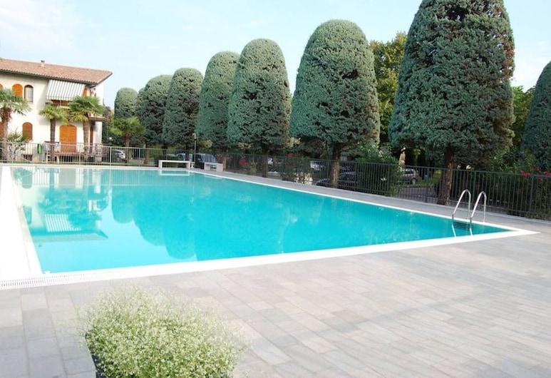 Appartamento Rossella, 佩斯基耶拉 , 游泳池