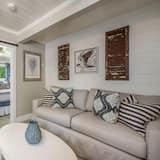 ルーム キングベッド 1 台ソファーベッド付き プライベートプール プールビュー - メインのイメージ