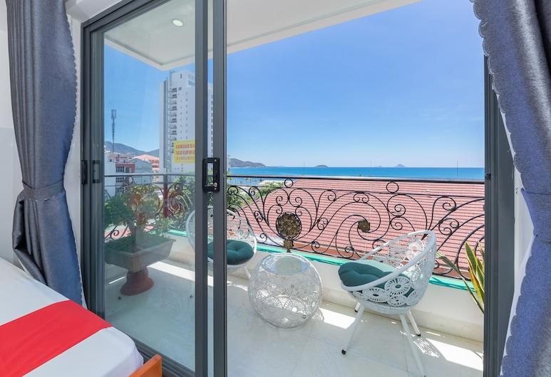 OYO 1028 Flower House Apartment, Nha Trang, Chambre Quadruple Familiale, Chambre