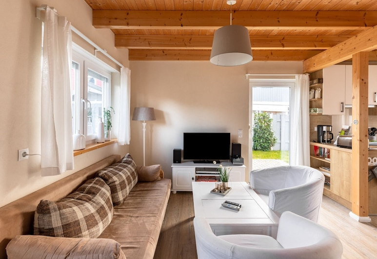 Alluring Holiday Home in Haselünne With Sauna, Haseluenne, Living Room