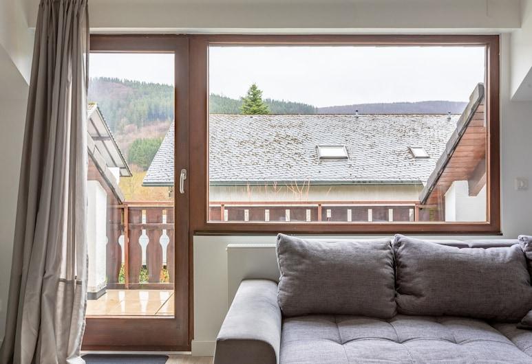 Elegant Holiday Home in Winterberg With Balcony, Winterberg, Apart Daire, Oturma Odası