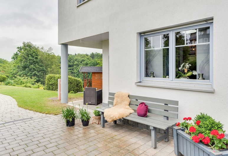 Nice Apartment Between Winterberg and Willingen With Separate Entrance, Medebach, Erkély