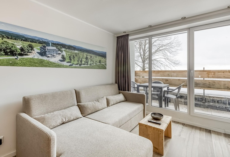 Enticing Holiday Home in Winterberg Near Bobsleigh Track, Winterberg, Apartment, Wohnzimmer