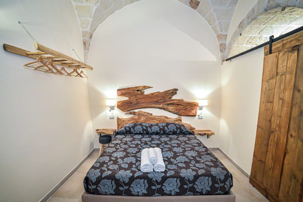 Comfortable Holiday Home in Carovigno With Balcony