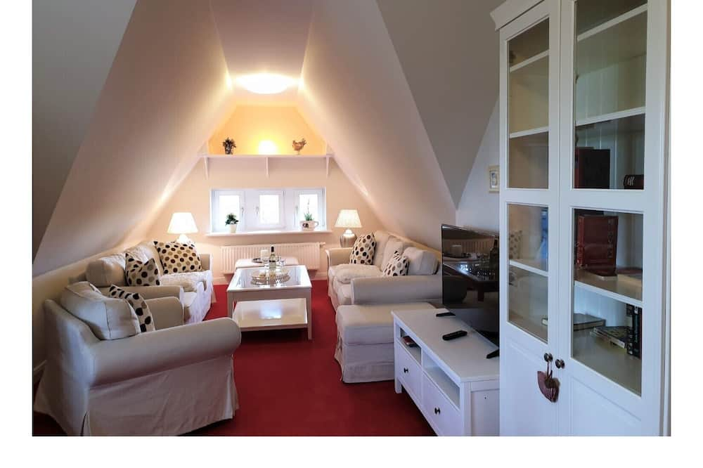 Apartment (incl. 100 EUR Cleaning Fee) - Living Room