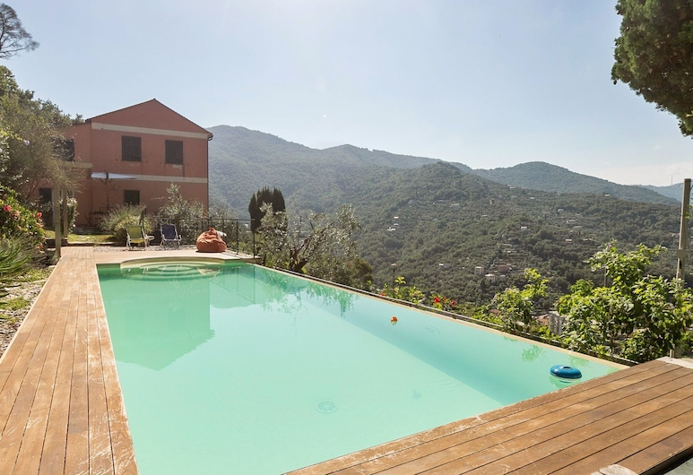 Dreamy Holiday Home in Recco With Swimming Pool, Recco, Hồ bơi