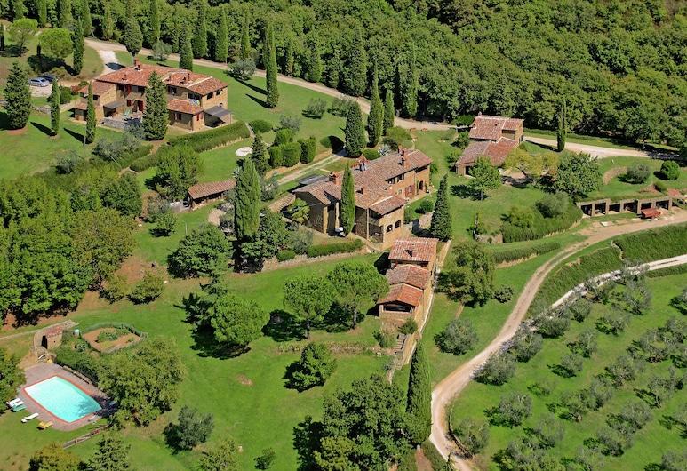 Magnificent Farmhouse in Lucignano With Swimming Pool, Lucignano