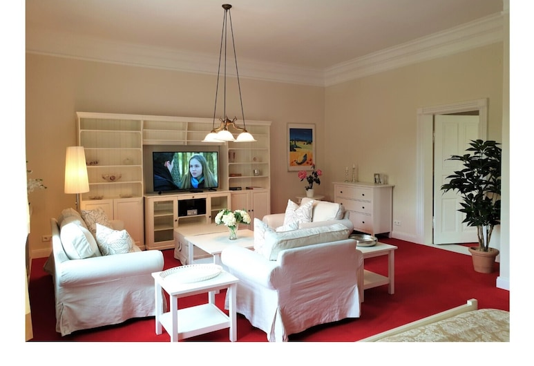 Suite Royal, Flensburg, Apartment (incl. 120 EUR Cleaning Fee), Living Area