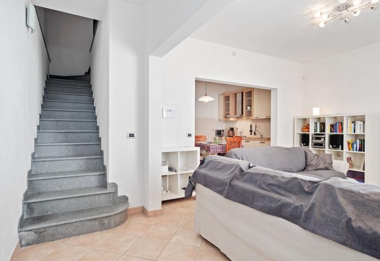Carmencita's Vintage Coffee Apartment, Cascina, Apartment, 2 Bedrooms, Living Area