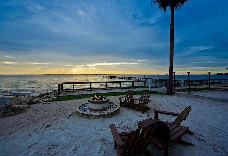 Harborside Suites at Little Harbor, Ruskin, Beach