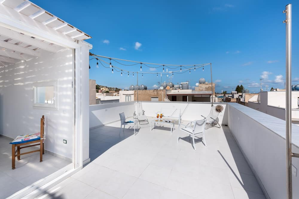 Huoneisto, 2 makuuhuonetta, Terassi, Merinäköala (Casa Marina) - Terassi/patio