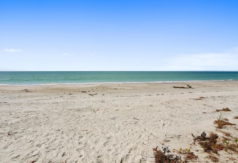 Serenity By The Sea - Amazing Beach Front Townhome, Treasure Island, Hus, flere senger (Serenity By The Sea - Amazing beach f), Strand