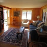 Cottage, Multiple Beds, Kitchen, Pool View - Living Room