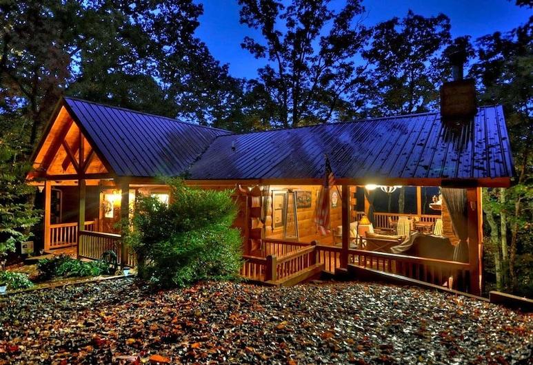Treehouse Retreat by Escape to Blue Ridge, Blue Ridge