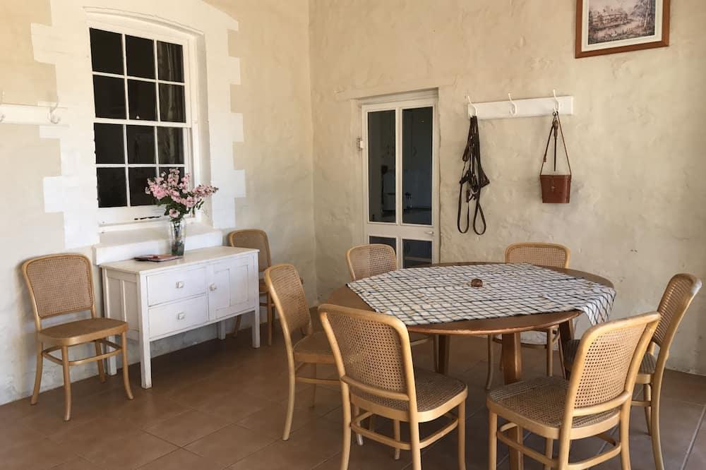 Crotta Homestead - Living Area