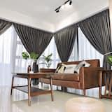 Comfort Duplex, 2 Bedrooms - Living Room