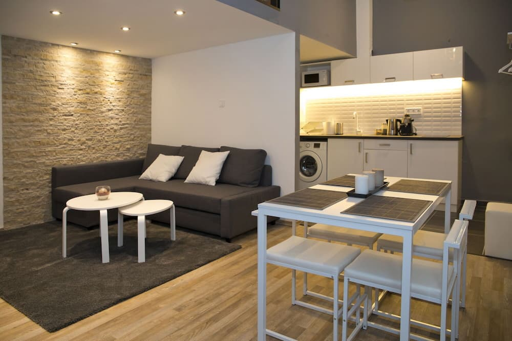 Apart Daire (Split Level) - Oturma Alanı