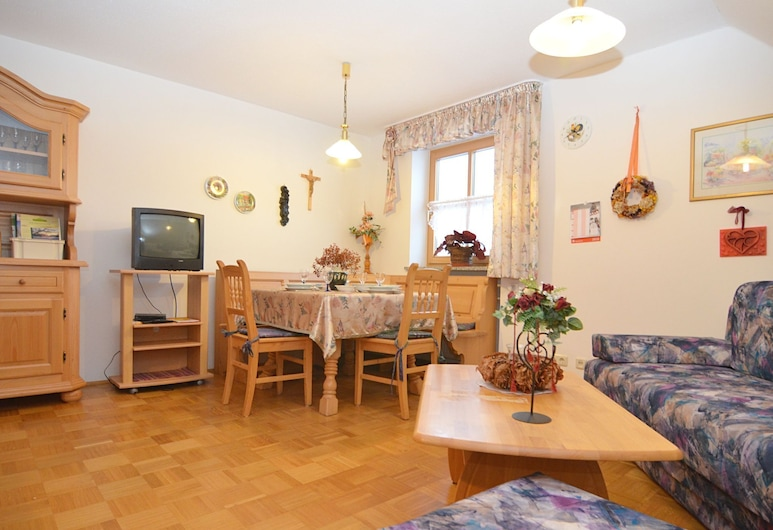 Spacious Apartment With Sauna in Schonsee, Schoensee