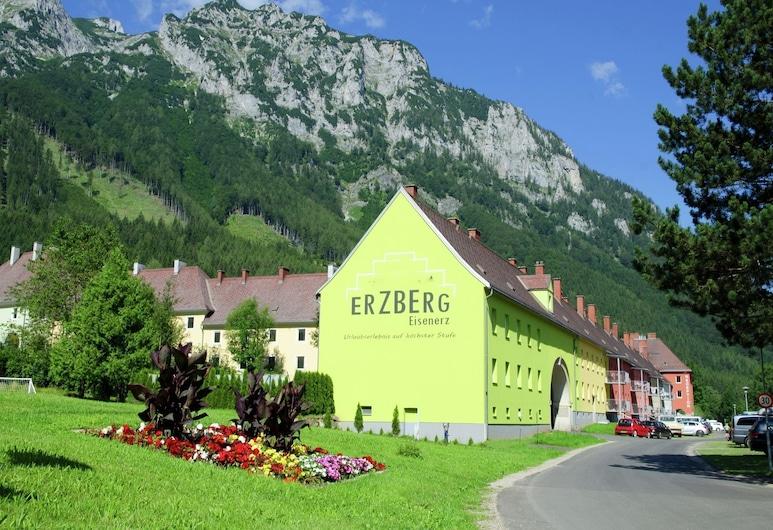 Modern Apartment in Eisenerz With Garden, Eisenerz