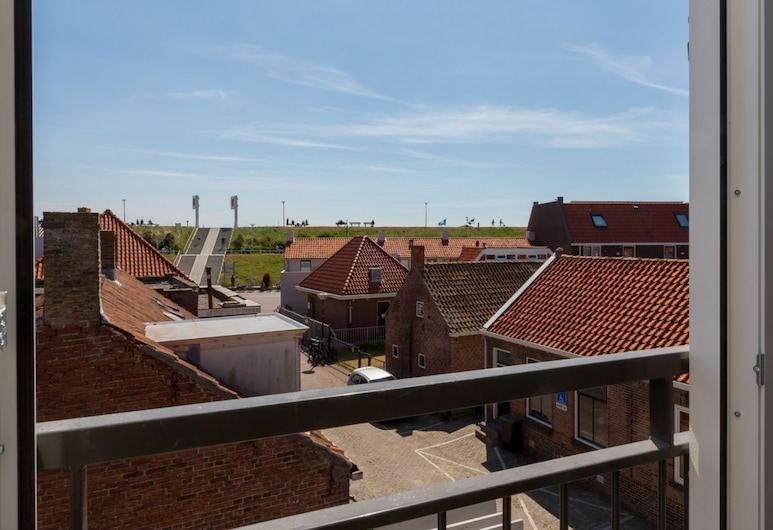 Luxury 6-person Apartment Within Walking Distance From Zoutelande Beach, Zoutelande, Balcone