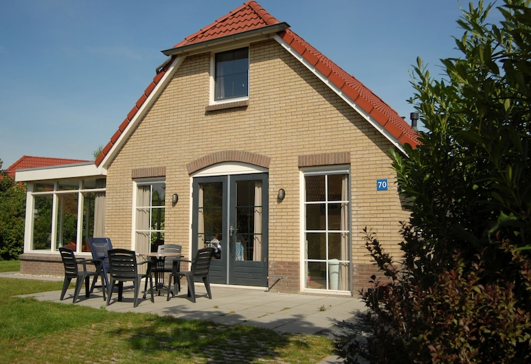 Detached Holiday Home With Combi Microwave, in Green Twente, Hoge Hexel