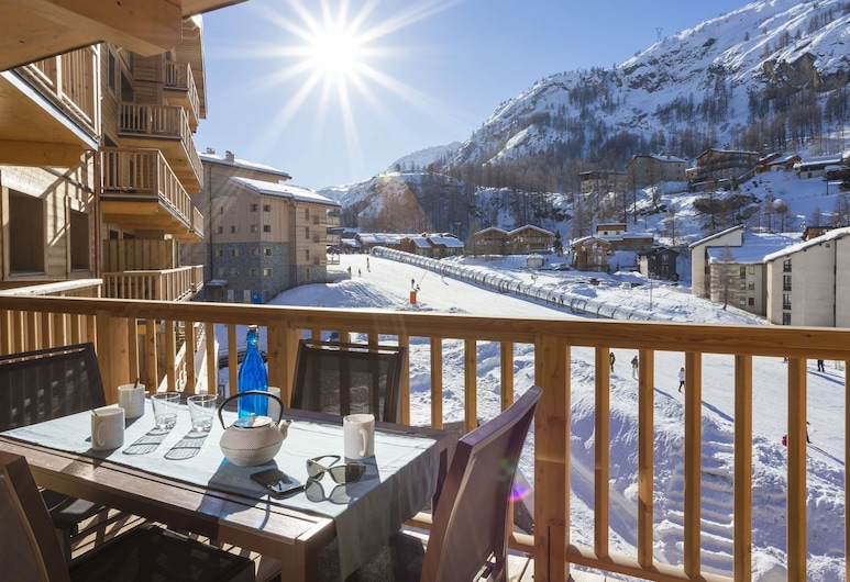 Very Well Maintained Residence With Spa on the Slopes in Tignes 1800, Tignes, Departamento, Balcón
