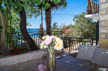 Picture of Apartment With Breathtaking sea View in Trogir
