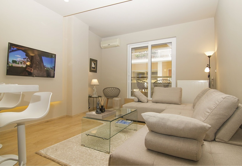 Contemporary Design In Central Athens, Athen, Apartment, Wohnzimmer