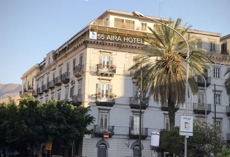 55 Aira, Palermo