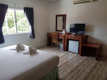 Picture of Welcome Inn Hotel Karon Beach Double Room From Only 600 Baht in Karon