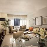 Dzīvokļnumurs, trīs guļamistabas, divas vannasistabas - Dzīvojamā istaba