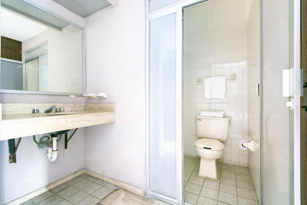 Phòng Suite Tiêu chuẩn - Phòng tắm