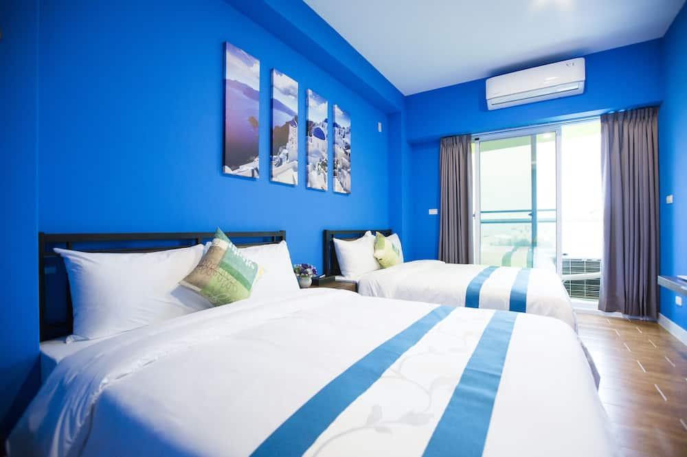 Quadruple Room, Balcony - Guest Room