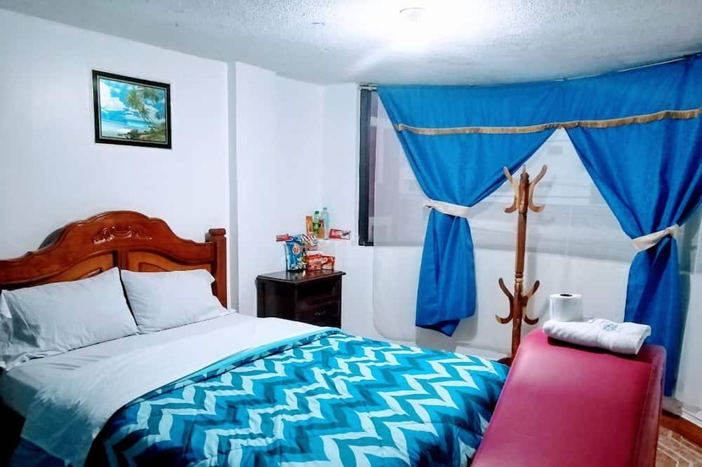 غرفة مزدوجة - سرير كبير - بحمام خاص - غرفة نزلاء