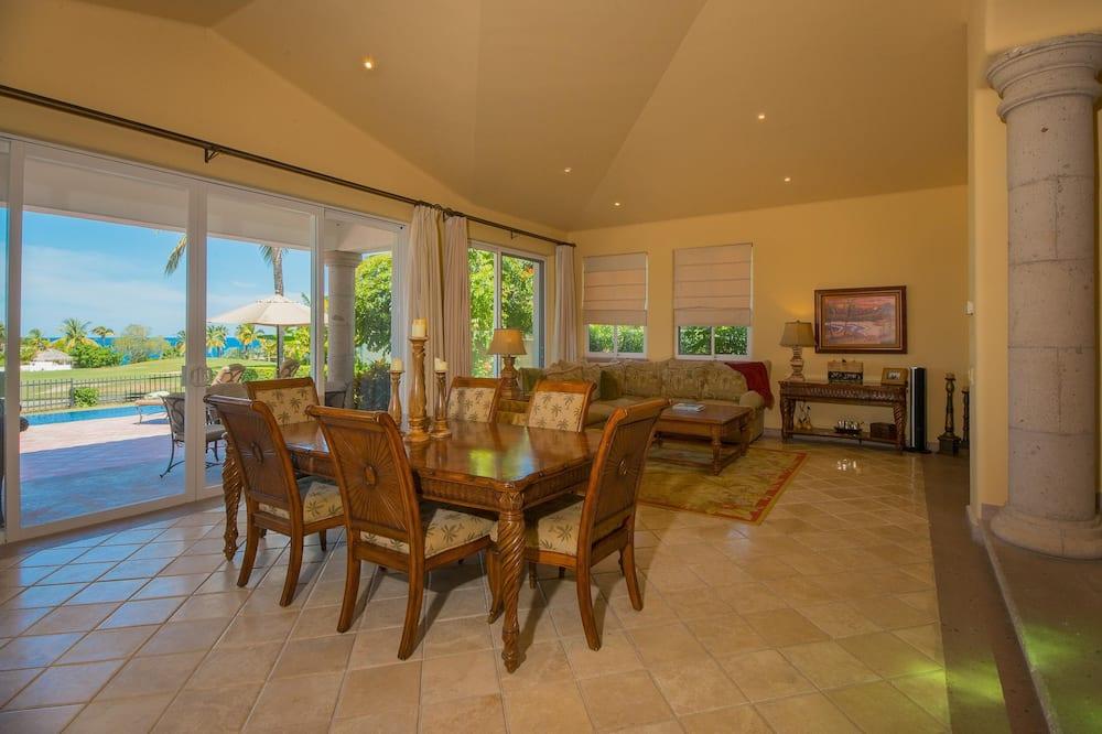 Villa (3 Bedrooms) - Sala de estar