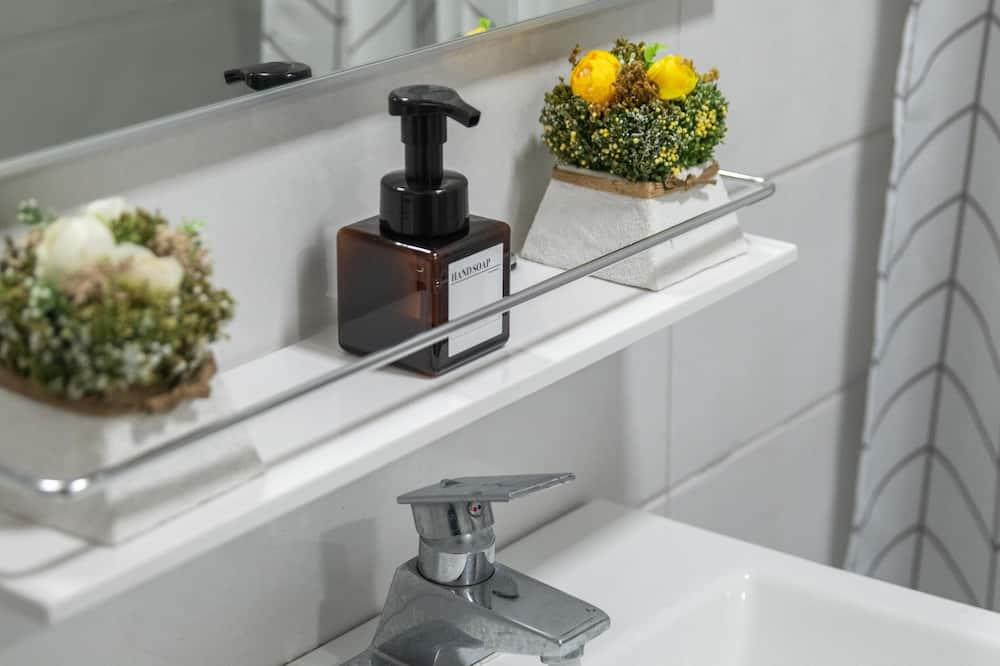Gray - Badeværelse